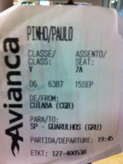 Bilhete de embarque do voo 6387 (Foto: Paulo Pinho/VC no G1)