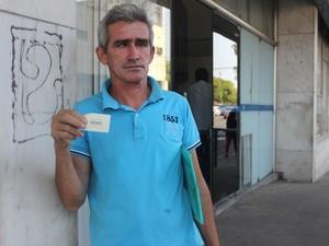Trabalhador saiu de madrugada do Maranhão para saber resultado (Foto: Gustavo Almeida/G1)