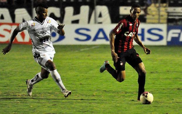 Atlético-PR contra o ASA (Foto: Gustavo Oliveira/Site oficial do Atlético-PR)