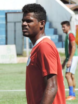 Júnior Berimbau, atacante do Osvaldo Cruz (Foto: Ronaldo Nascimento / GloboEsporte.com)