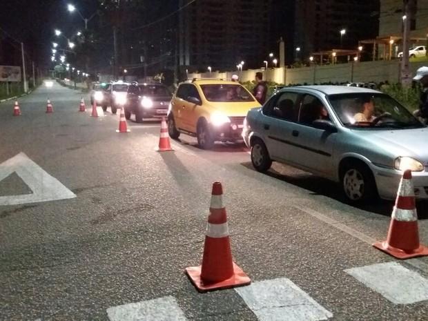 Blitzen foram montadas na Rota do Sol e na Via Costeira (Foto: Divulgação/Polícia Militar do RN)