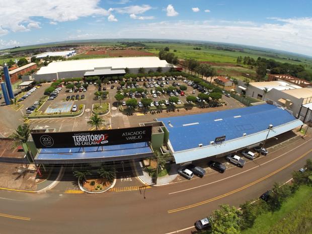 Território do Calçado de Jaú é um complexo com mais de 200 lojas (Foto: Divulgação)