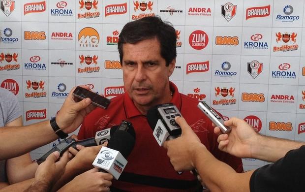 Artur Neto, técnico do Joinville (Foto: Divulgação/JEC)