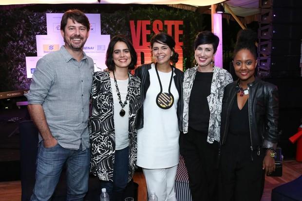 Tiago Petrik, Maria Canto, Renata Abranches, Ana Soares e Luiza Brasil (Foto: Roberto Filho)