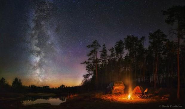 Essa foto de Boris Dmitriev, da Rússia, usa como pano de fundo o céu e a natureza da região central do país. (Foto: Boris Dmitriev )