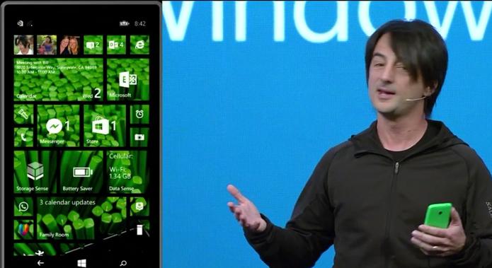 Vice presidente da Microsoft, Joe Belfiore, anunciou o Windows Phone 8.1 (Foto: Divulgação)