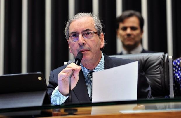Cunha promete barrar projetos sobre legalização do aborto e regulação da mídia