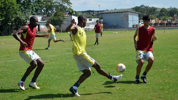Treino do Clube Atlético Joseense (Foto: Danilo Sardinha/Globoesporte.com)