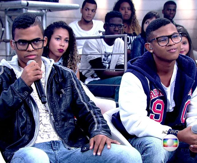 Lucas e Orelha relembram situação de preconceito (Foto: TV Globo)