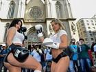 Claudia Alende e Indianara Carvalho lutam boxe no Centro de São Paulo