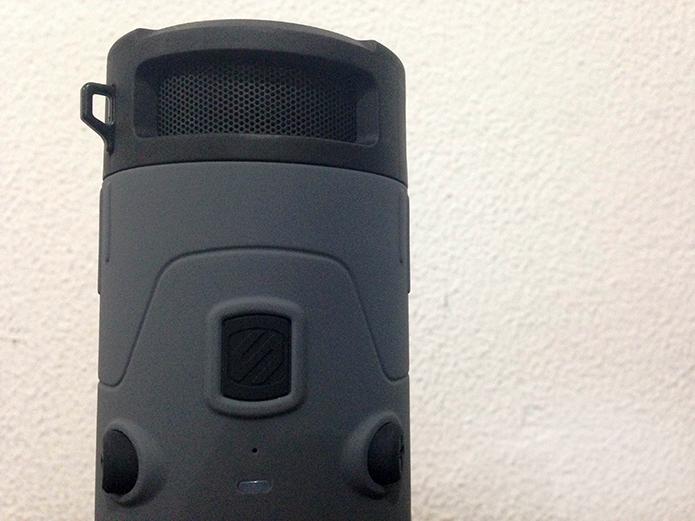 boomBOTTLE tem alto-falantes de 6 watts (Foto: Diego Sousa/TechTudo)