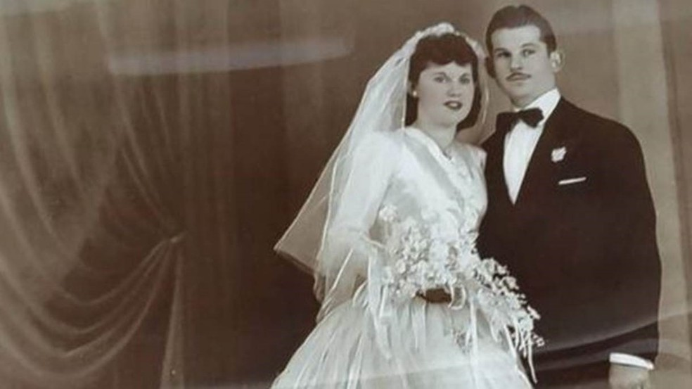 Os Vatkins ficaram juntos por 69 anos  (Foto: Arquivo pessoal/ BBC)