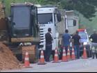 Rodovia Lívio Tagliassachi é liberada após deslizamento de terra