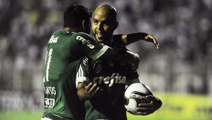 Alecsandro comemora gol contra o XV de Piracicaba (Foto: Marcos Ribolli)