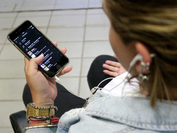 Streaming de áudio e vídeos musicais representam 51% das receitas com música digital no Brasil (Foto: Jamile Alves/G1 AM)
