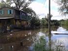 Mais de 130 famílias deixaram suas casas devido às cheias no RS