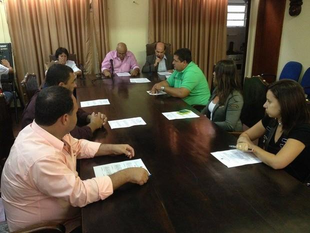 Sessão na Câmara de Vereadores aconteceu nesta terça-feira (8) (Foto: Fernando Moraes / InterTV)