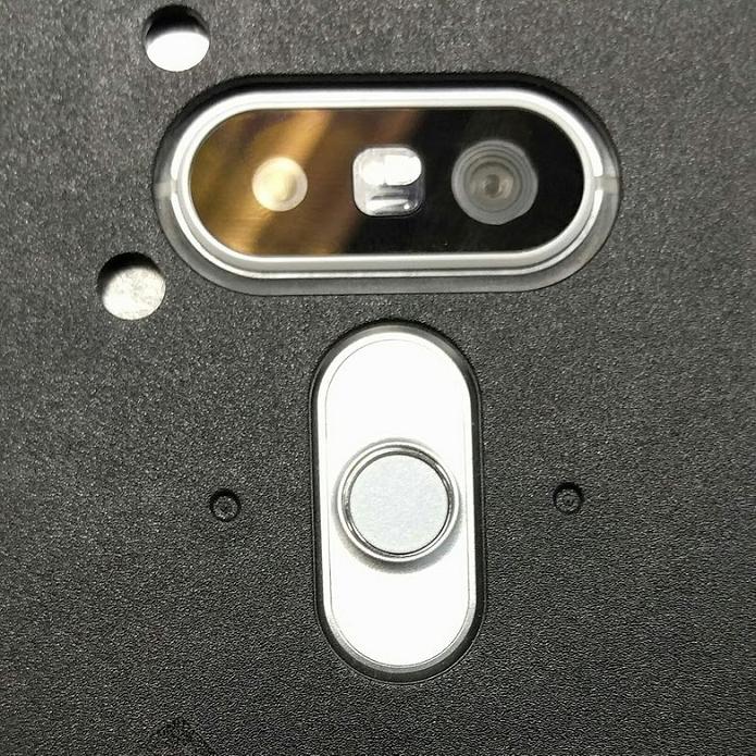 Suposta câmera do G5 apareceu em rede social (Foto: Reprodução/Reddit) (Foto: Suposta câmera do G5 apareceu em rede social (Foto: Reprodução/Reddit))