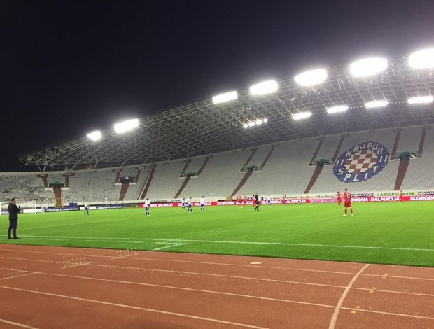 Hajduk Split NK Zagreb estádio vazio