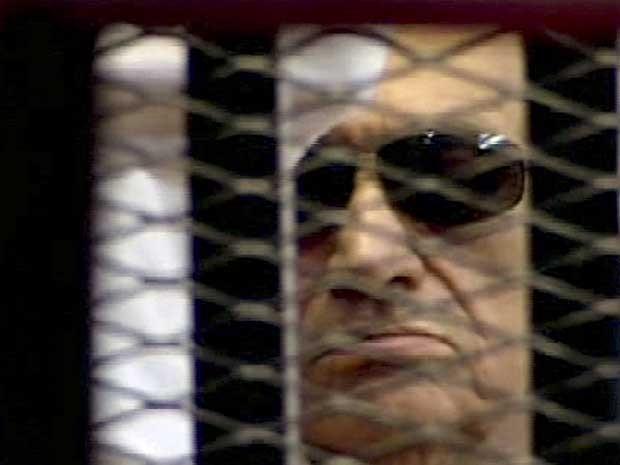 Hosni Mubarak, em imagem da televisão estatal egípcia. (Foto: TV Estatal do Egito / AP Photo)