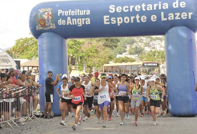 Mais de 300 atletas disputaram a prova (Foto: Felipe de Souza/Prefeitura de Angra dos Reis)