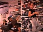 Mercado da moda é aquecido com proximidade do Natal, em Goiânia