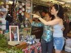 Turistas procuram ervas 'milagrosas' para o ano novo em Belém