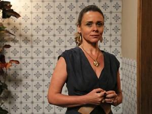 Giulia Gam na pele de Carlota em Boogie Oogie, sua última novela na TV (Foto: Carol Caminha/Gshow)