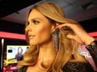 Miau! Fernanda Lima arrasa com macacão de couro justíssimo