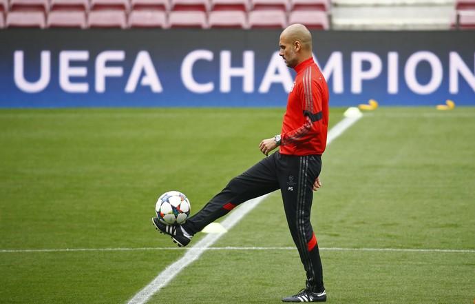 Pep Guardiola treino Bayern Camp Nou (Foto: Reuters)