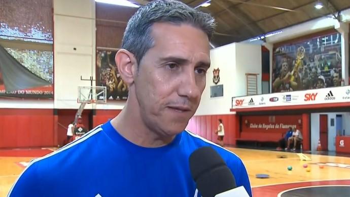José Neto, técnico do basquete do Flamengo (Foto: Reprodução SporTV)