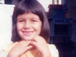 A cantora Paula Fernandes aos cinco anos (Foto: Arquivo Pessoal / Paula Fernandes)