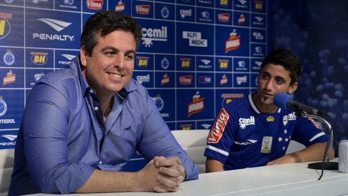 Bruno Vicintin e Matías Pisano, do Cruzeiro (Foto: Washington Alves/Light Press)