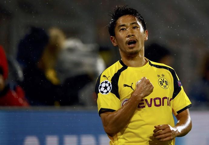 Kagawa comemora gol do Borussia Dortmund (Foto: REUTERS/Wolfgang Rattay)