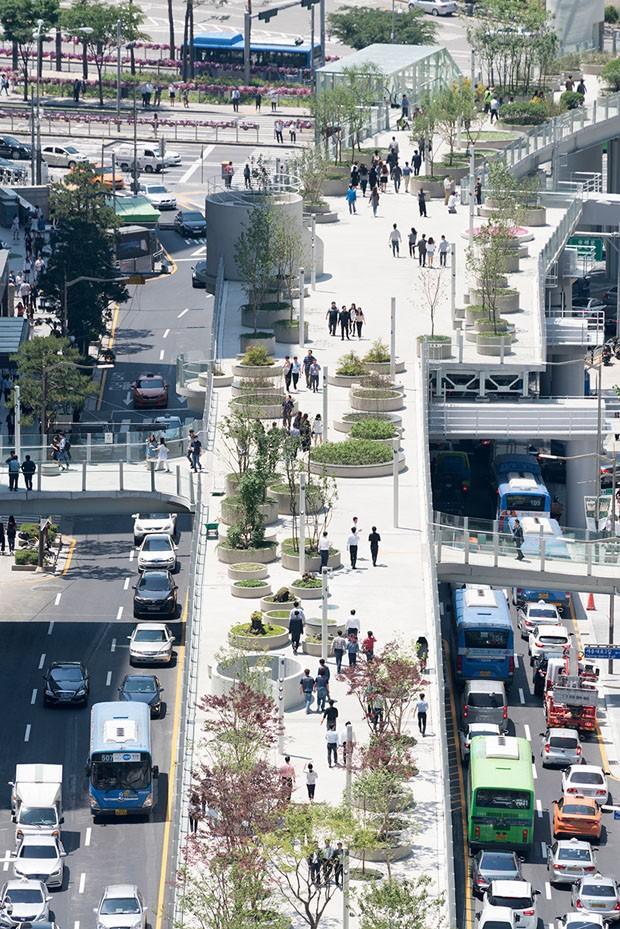 Em Seul, elevado é transformado em parque (Foto: Divulgação)