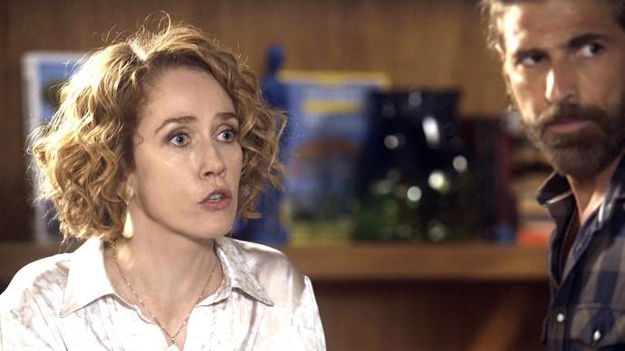 Vitória escuta a verdade sobre Ciro (Foto: TV Globo)