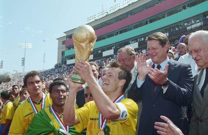 Dunga seleção brasil Copa do Mundo 1994 (Foto: Getty Images)
