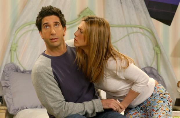 Intimidade! 6 comportamentos comuns de casais que estão juntos há muito tempo