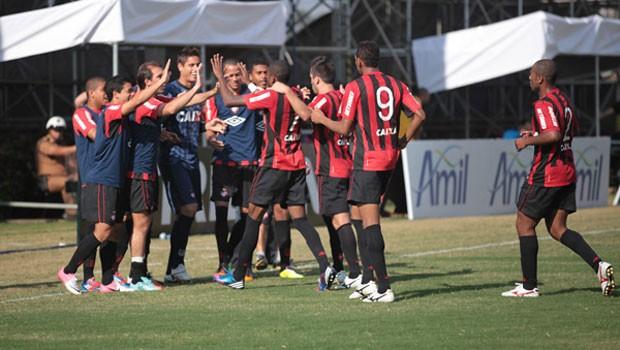 Futebol 2012 (Foto: leber Yamaguchi e Gustavo Oliveira / Site Oficial do CAP)