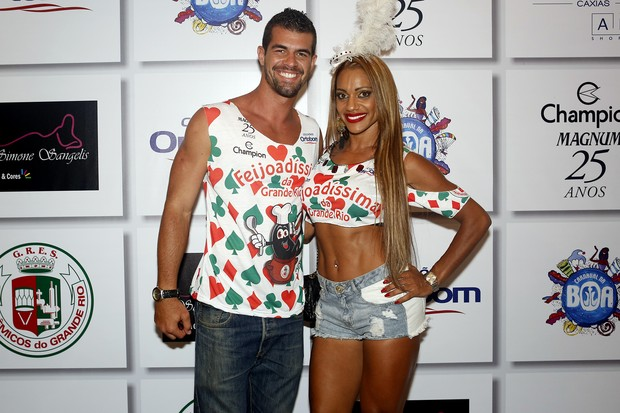 Borat e Ana Paula Evangelista (Foto: Marcos Serra Lima/EGO)