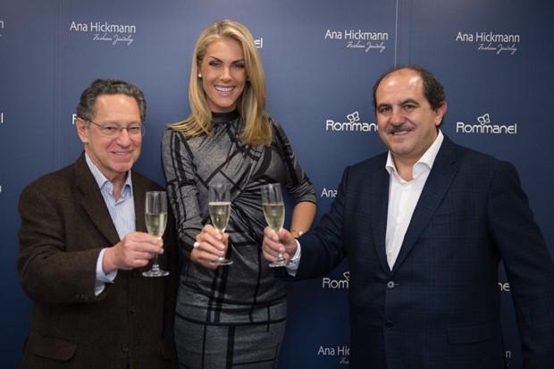 ffa5a9a614f7c Antônio Carlos Martins e Antônio Carlos Manchon, sócios-fundadores da  Rommanel e Ana Hickmann