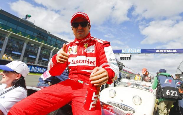 Felipe massa ferrari desfile GP da Austrália (Foto: Agência EFE)