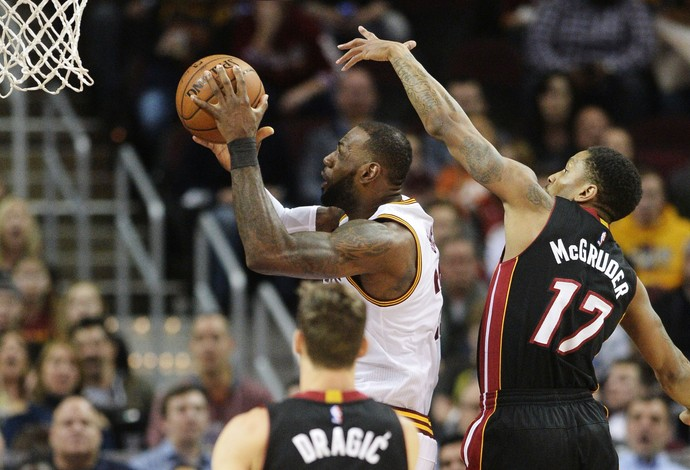 O Cleveland Cavaliers, de LeBron James, foi derrotado pelo Miami Heat (Foto: Reuters/Ken Blaze-USA TODAY Sports)