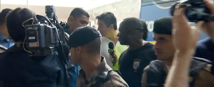 Vice-presidente de futebol do Cruzeiro foi muito hostilizado por torcedores (Foto: Reprodução TV Globo Minas)