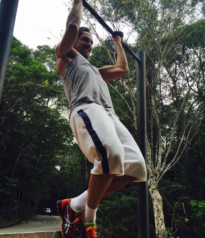 Igor Rickli exercita o corpo para manter a forma (Foto: Arquivo Pessoal)