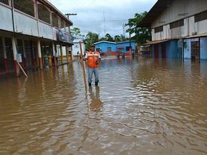 Ruas da cidade estão alagadas (Foto: Defesa Civl do Amazonas/Divulgação)