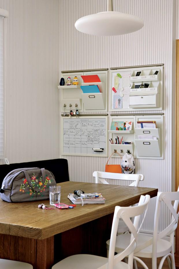 escritório-prateleiras-organização (Foto: Casa e Jardim)