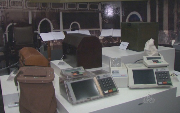 Acre TV destaca a evolução do voto, desde da cédula de papel até a biometria (Foto: Acre TV)