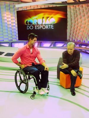 Fernando Fernandes e Chico Pinheiro no Corujão do Esporte (Foto: Daniel Cardoso)