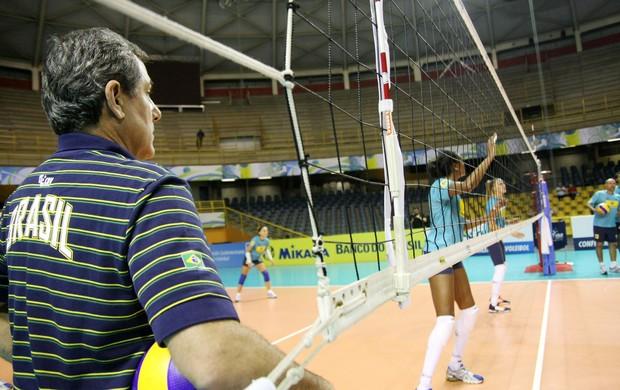 Zé Roberto Brasil Pré-Olímpico (Foto: Alexandre Arruda/CBV)